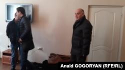 Аслан Бжания прибыл на заседание политсовета, чтобы лично поблагодарить членов партии за поддержку