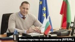 Зам.-министърът на икономиката Александър Манолев.