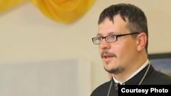 Айцец Яўген Усошын. Фота з сайту Catholic.by