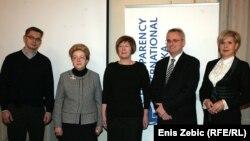 Prvi ljudi Transparency Internationala Hrvatska na predstavljanju indeksa percepcije korupcije, 3. prosinac 2013.
