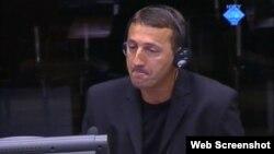 Rajif Begić na suđenju Ratku Mladiću, 4. rujan 2012.