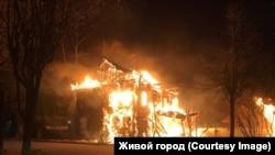 Так горел дом купца Петра Шабанина в Новой Ладоге