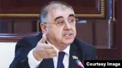 Qalib Salahzadə, Milli Məclisin deputatı (arxiv fotosu)