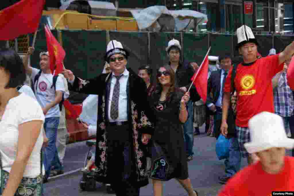 Парад тюркских народов в Нью-Йорке, 2012