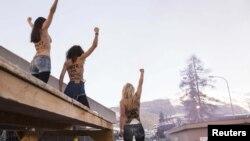 FEMEN протестують у швейцарському Давосі проти дискримінації жіноцтва, 26 січня 2013 року