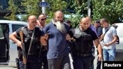 Косово - архива од апсење на осмничени дека се бореле со исламски милитанти во Сирија