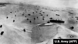 6 июня. Снимок высадки с воздуха