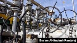 Нефтеперерабатывающая станция в Ираке.