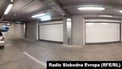 Гаражите под објектите на ВМРО-ДПМНЕ и Технометал Вардар.