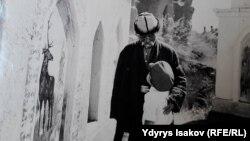 """""""Ак кеме"""" фильминен кадр."""