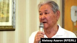 Саясаткер Серікболсын Әбділдин. Алматы, 22 тамыз 2012 жыл.