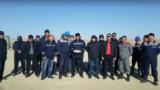 Работники компании«Емир-Ойл», требующие повысить им зарплату.