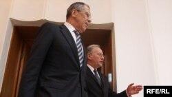 С.Лаўроў і С.Мартынаў