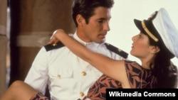 """Кадр из фильма """"Офицер и джентльмен"""" (США, 1982)"""