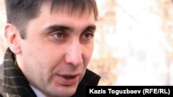 Құқық қорғаушы Вадим Курамшин. Алматы, 7 желтоқсан 2010 жыл.