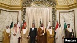 اشتون کارتر صبح امروز با همتایان خود در شورای همکاری خلیج فارس در شهر ریاض دیدار کرد