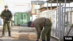 На двух солдат в российской армии приходится один офицер