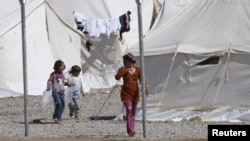 Сирийские беженцы в лагере на турецко-сирийской границе. Иллюстративное фото.