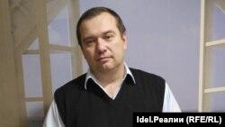 Виталий Листков