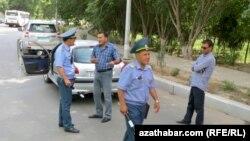 Сотрудники госавтоинспекции, Ашхабад