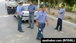 Polisiýanyň ýol gözegçilik gullugy
