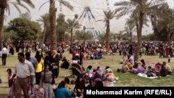 عائلات في متنزه الزوراء ببغداد