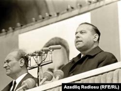 Heydər Əliyev, 1971-ci ildə 1 may nümayişi zamanı
