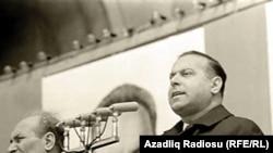 Heydar Aliyev (right) at a May 1 demonstration in Baku in 1971