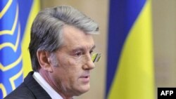"Ukraine's President Viktor Yushchenko: ""Keeping the contracts unchanged...will create potential threats."""