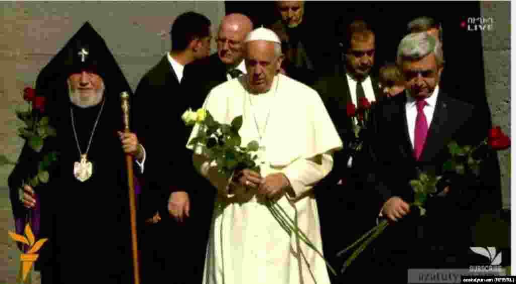 Armenia - Pope Francisc visited Tsitsernakaberd Armenian Genocide Memorial, 25June, 2016