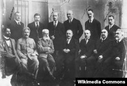 Azərbaycan Xalq Cümhuriyyətinin 4-cü tərkibdə nazirlər kabineti üzvləri. Dekabr, 1919