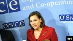Виктория Нуланд выступает на пресс-конференции в ОБСЕ, посвященной ситуации на Украине 3 марта 2014 года