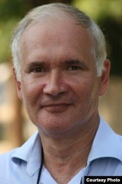 Fizicianul Mihai Vasilescu alias Edgar Șelaru