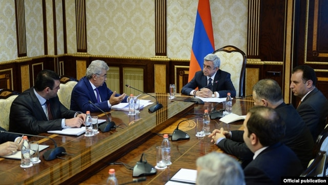 Armenia -- President Serzh Sarkisian meets with members of a commission on constitutional reform, 24Jun2014