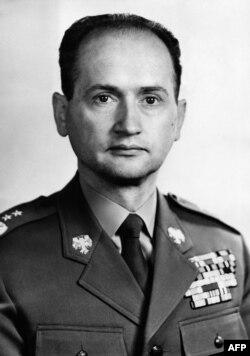 Войцех Ярузэльскі ў якасьці міністра абароны, 1968 год