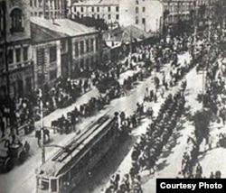 Польско-украинские войска вступают на Крещатик. 1920 год
