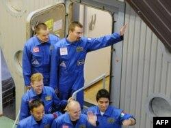 Участинки проекта Марс-500 готовятся отправиться в многодневную изоляцию