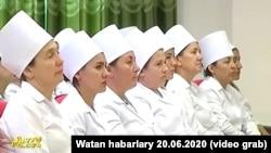 شماری از داکتران ترکمنستان حین یک جلسه June 20th 2020