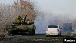 Військова техніка проросійсьих сепаратистів, архівне фото