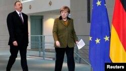 İ.Əliyev və A.Merkel