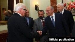 Armenia - German Foreign Minister Frank-Walter Steinmeier (L) meets with Bako Sahakian, the Karabakh president, in Yerevan, 30Jun2016.