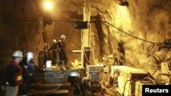 """Шахта прииска """"Кумтор"""", крупнейшего золотого месторождения в Кыргызстане."""