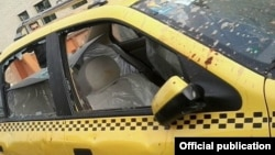 تاکسی حامل علی مطهری که به آن حمله شد