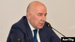 E.Rüstəmov
