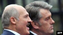 Александр Лукашенко и Виктор Ющенко в Киеве, 5 ноябоя 2009 г