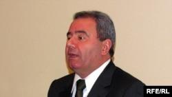 Министр связи Али Аббасов