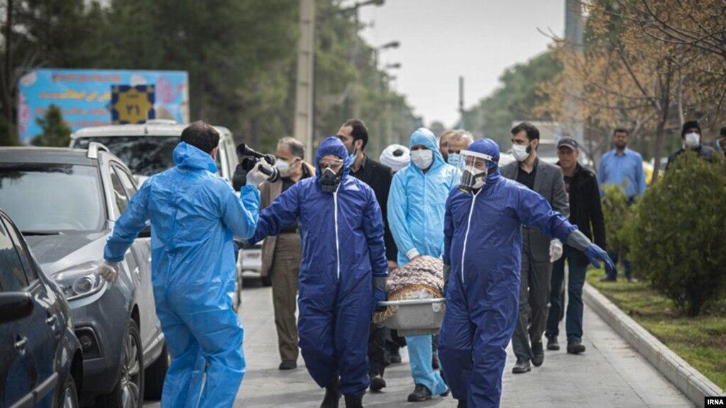 مراسم تشییع جنازه فاطمه رهبر، منتخب تهران در مجلس که بر اثر ابتلا به کرونا فوت شد