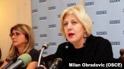 Predstavnica OEBS-a za slobodu medija Dunja Mijatović na skupu, foto: OSCE/Milan Obradović