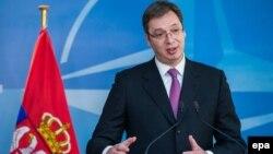 Obavestio sam Mogerini da sam razočaran reakcijom EU, tokom večeri obavestićemo Rusiju, sutra i Kinu i potpredsednika SAD: Vučić