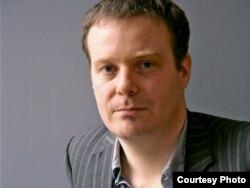 Писатель Том Маккарти
